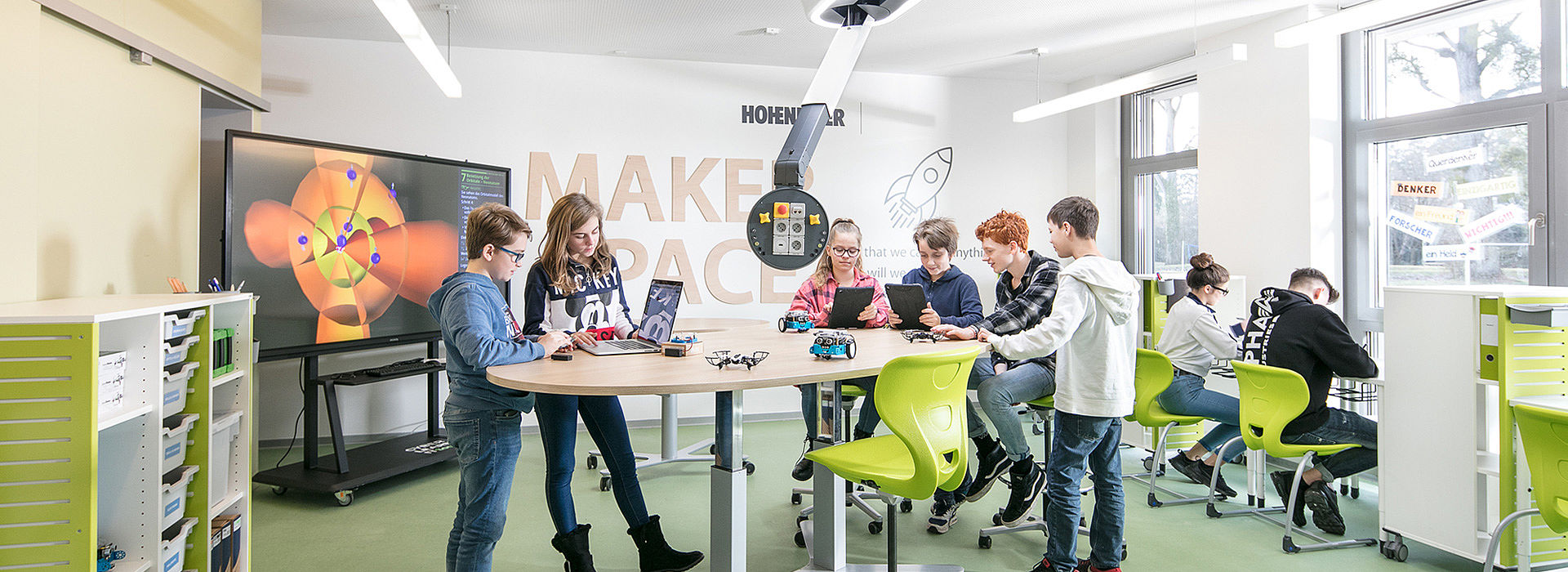 Image: Coding, Robotics & Bionics at Makerspace