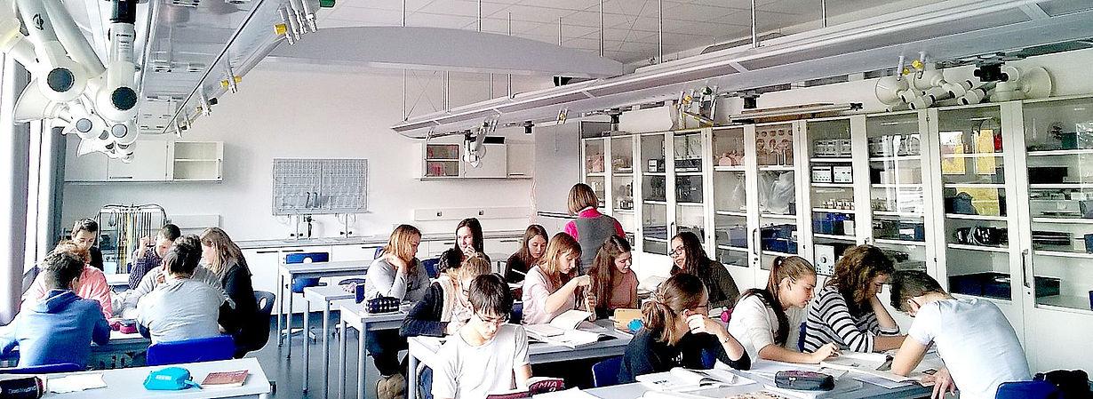 class room Audi Hungária Általános Iskola és Gimnázium