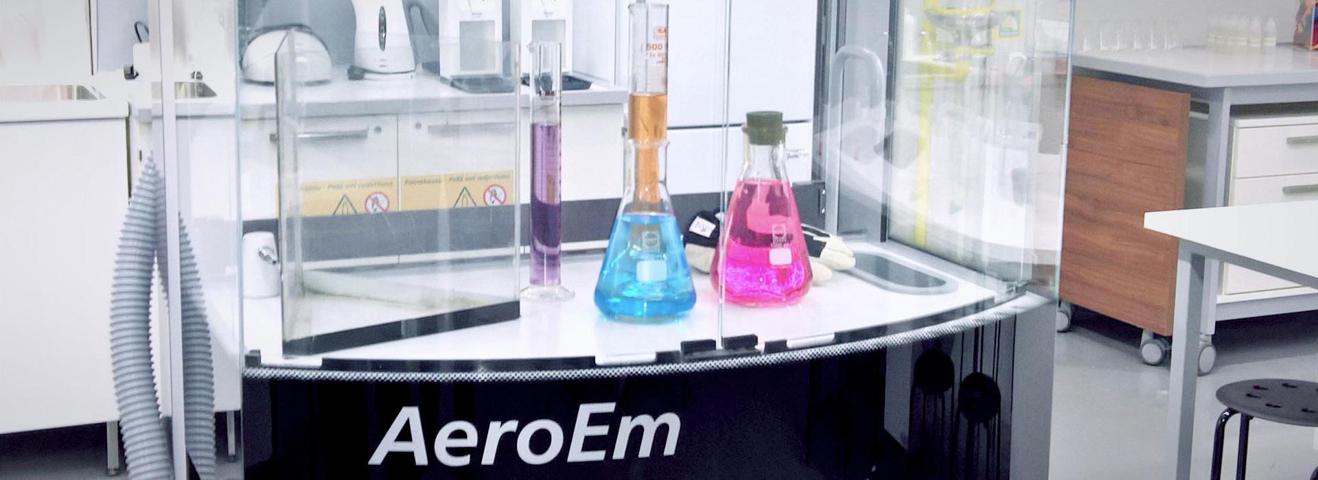 Image: Heureka science lab with fume cupboard AeroEm