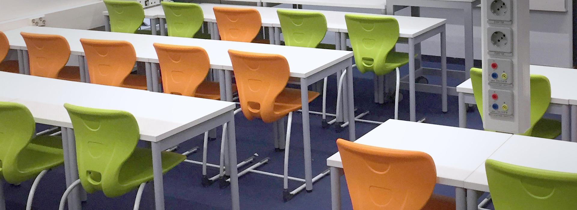 Image: classroom KULOSAAREN YHTEISKOULU, HELSINKI